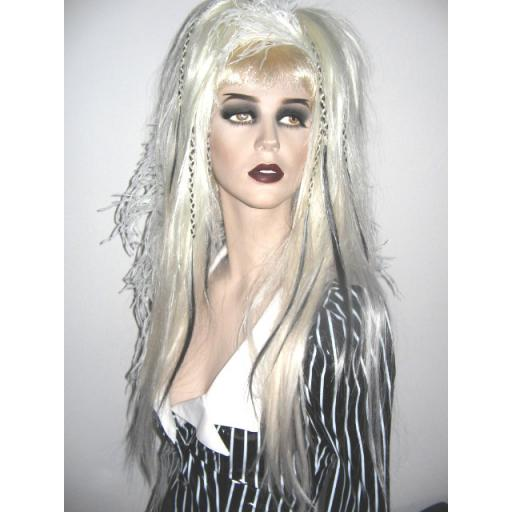 Set of Synthetic Hair Falls in White Blk Plaits