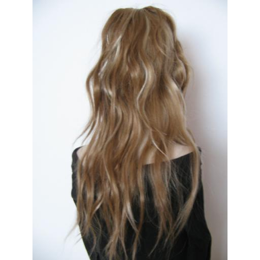 Single Synthetic Hair Fall in Nat Brown and Blond