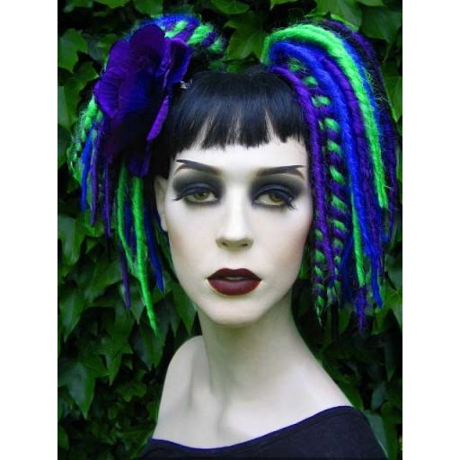 Minilox Synthetic Dreads in Peacock Colours